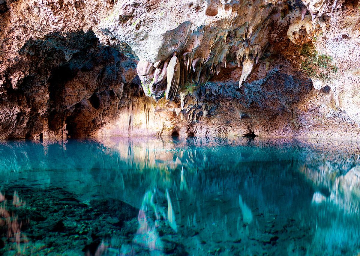 Cueva de los Tres Ojos
